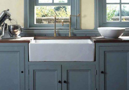 Blue-Farmhouse-Apron-Front-Sink