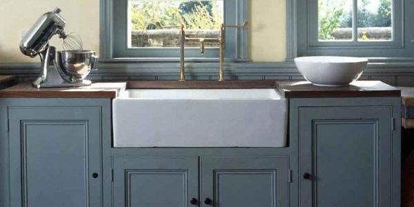 Blue-Farmhouse-Apron-Front-Sink